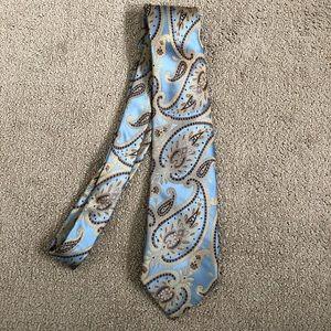 Van Heusen Slick Paisley Tie